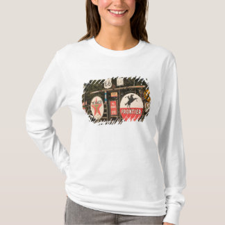 USA, Arizona, Sedona: Antique Advertising Signs T-Shirt