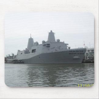 USA BATTLE SHIP Mousepad