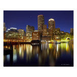 USA, Boston, city skyline at night (long Posters