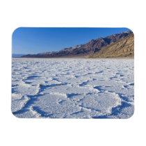 USA, CA, Death Valley NP, Salt Formations at Magnet