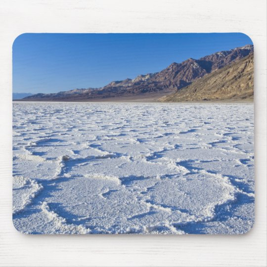 USA, CA, Death Valley NP, Salt Formations at Mouse Pad
