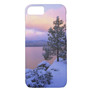 USA, California. A winter day at Lake Tahoe. iPhone 8/7 Case
