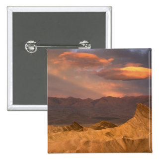 USA, California, Death Valley National Park. 2 Button