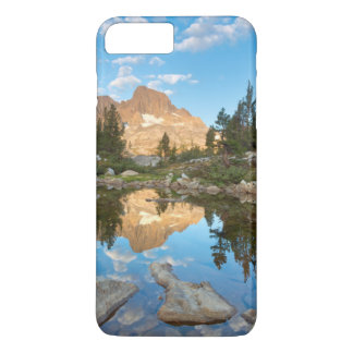 USA, California, Inyo National Forest. 2 iPhone 8 Plus/7 Plus Case