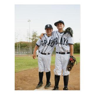 USA, California, Ladera Ranch, two boys (10-11) Postcard