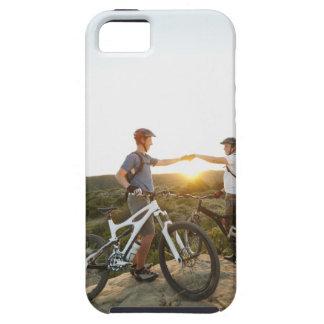 USA, California, Laguna Beach, Two bikers on iPhone SE/5/5s Case