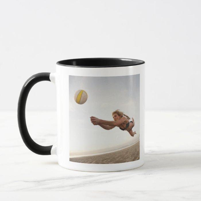 USA, California, Los Angeles, woman playing Mug