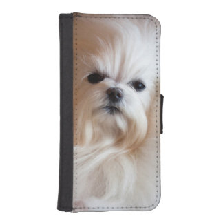 USA, California. Maltese Lying Down Wallet Phone Case For iPhone SE/5/5s