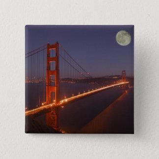 USA, California, Marin. Moonrise above the Pinback Button