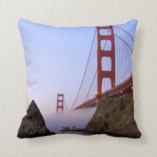 USA, California, San Francisco. Golden Gate 3 Pillows