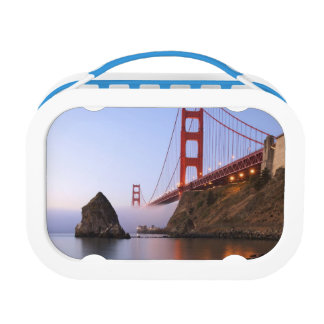 USA, California, San Francisco. Golden Gate Lunch Box