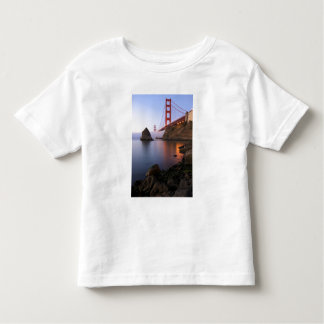 USA, California, San Francisco. Golden Gate Toddler T-shirt