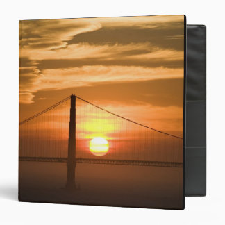 USA. California. San Francisco. Sun setting 3 Ring Binder