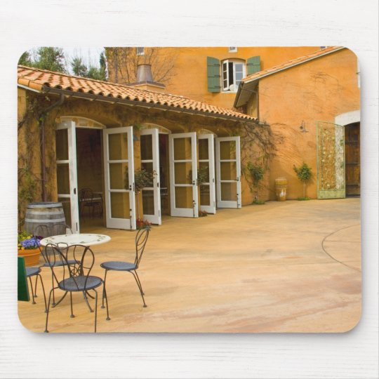 USA, California, Sonoma Valley, Patio at Viansa Mouse Pad