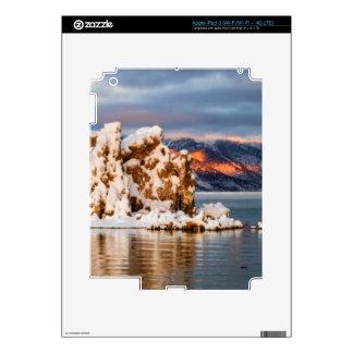 USA, California, Sunrise at Mono Lake Skins For iPad 3
