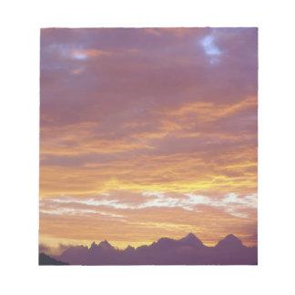 USA, California, Sunset over the Sierra Nevada Notepad