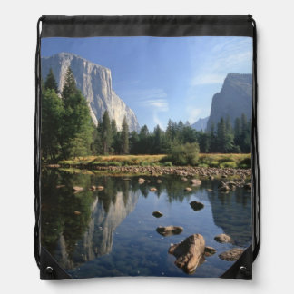 USA, California, Yosemite National Park, 5 Drawstring Backpacks