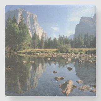USA, California, Yosemite National Park, 5 Stone Coaster