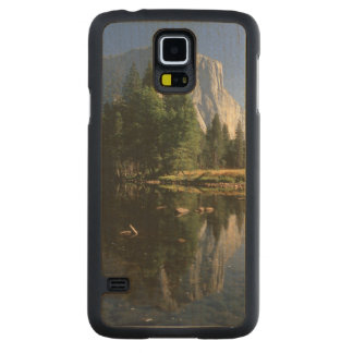 USA, California, Yosemite National Park, 5 Carved® Maple Galaxy S5 Case
