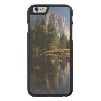 USA, California, Yosemite National Park, 5 Carved® Maple iPhone 6 Case
