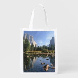 USA, California, Yosemite National Park, 5 Market Totes