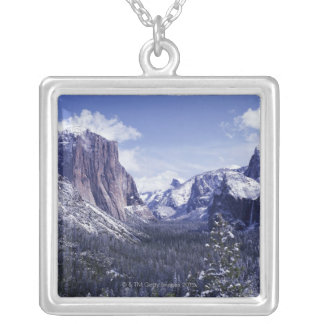 USA, California, Yosemite National Park, El 2 Personalized Necklace