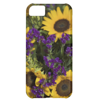 USA, close-up of bridal flower arrangement, iPhone 5C Cover
