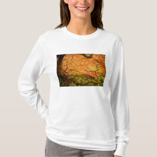 USA, Delaware, Wilmington. Japanese maple T-Shirt