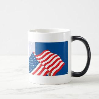USA FLAG DESIGN MAGIC MUG