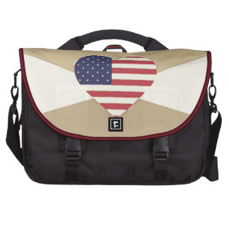 USA Flag Patriotic Heart Vintage Retro Style Cream Laptop Bags