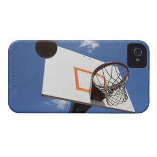USA, Florida, Miami, Low angle view of iPhone 4 Case-Mate Case