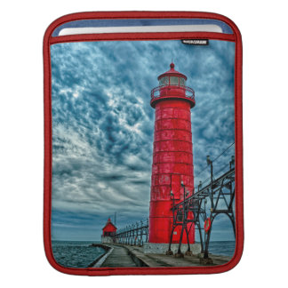 USA, Grand Haven, Michigan, lighthouse iPad Sleeves