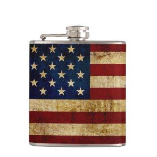 USA / Grunged Flag Flask