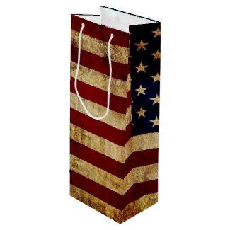 USA / Grunged Flag Wine Gift Bag