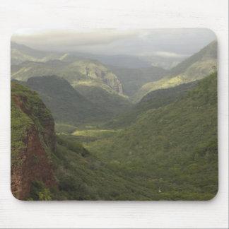 USA, Hawaii, Kauai, Canyon overlook. (RF) Mouse Pad