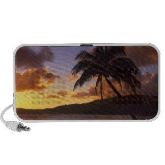 USA, Hawaii, Kauai, Colorful sunrise in a 2 iPhone Speaker