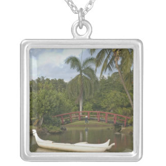 USA, Hawaii, Kauai, Smith Family Luau Garden Silver Plated Necklace