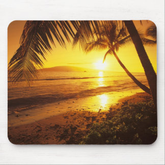 USA, Hawaii, Maui, Colorful sunset in a 2 Mouse Pad