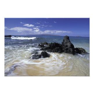 USA, Hawaii, Maui, Maui, Makena Beach, Surf on Photo Print