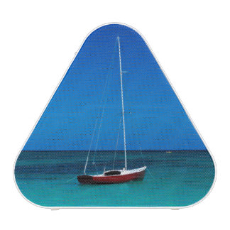 USA, Hawaii, Oahu, Lanikai Twin Mokulua Islands Bluetooth Speaker