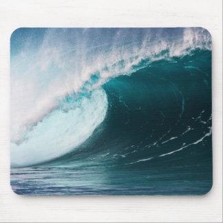 USA, Hawaii, Oahu, Large waves Mouse Pad