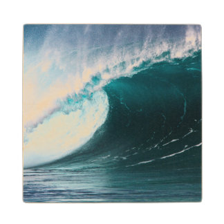 USA, Hawaii, Oahu, Large waves Wooden Coaster