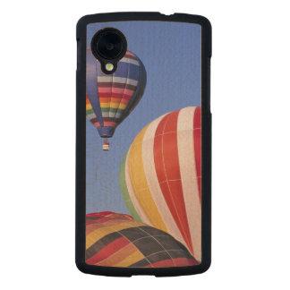 USA, Idaho, Teton Valley. Colorful hot-air Carved® Maple Nexus 5 Slim Case