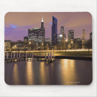 USA, Illinois, Chicago, City skyline and marina Mouse Pad