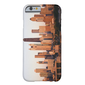 USA, Illinois, Chicago, City skyline at sunset Barely There iPhone 6 Case