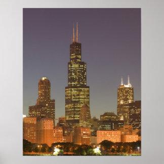 USA, Illinois, Chicago: City Skyline / Evening Poster