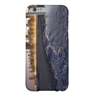 USA, Illinois, Chicago, City skyline from Lake Barely There iPhone 6 Case