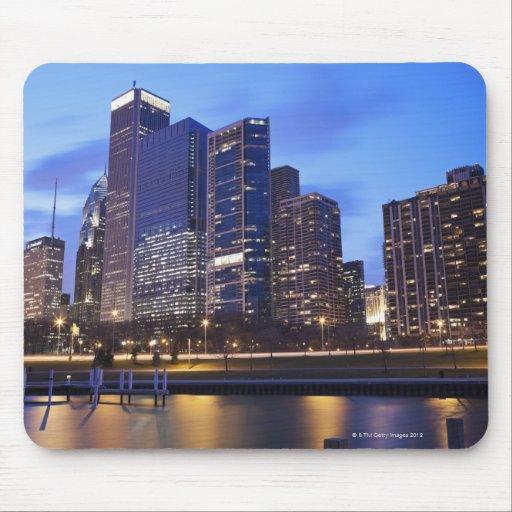 USA, Illinois, Chicago, City skyline of Randolph Mouse Pad