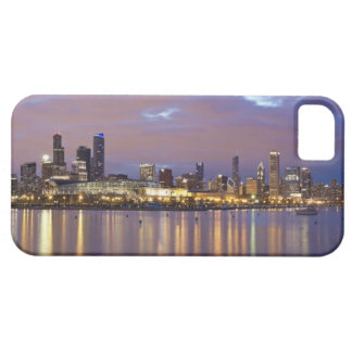 USA, Illinois, Chicago, City skyline over Lake 5 iPhone SE/5/5s Case