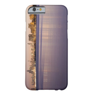 USA, Illinois, Chicago, City skyline over Lake 8 Barely There iPhone 6 Case
